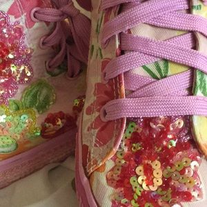 LelliKelly high tops floral. Ankle zipper